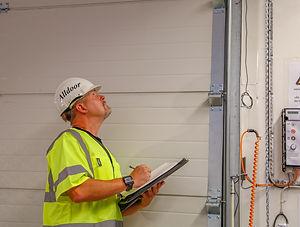 Service portar vikportar, takskjutportar, industriportar. Förebyggande underhåll och akutservice