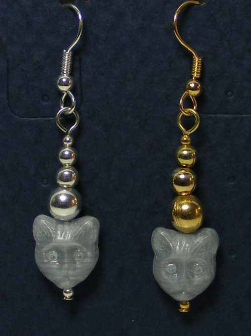 Gray Glass Cat Head with Graduated Beads