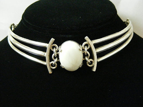Tri-bar Choker with Howelite