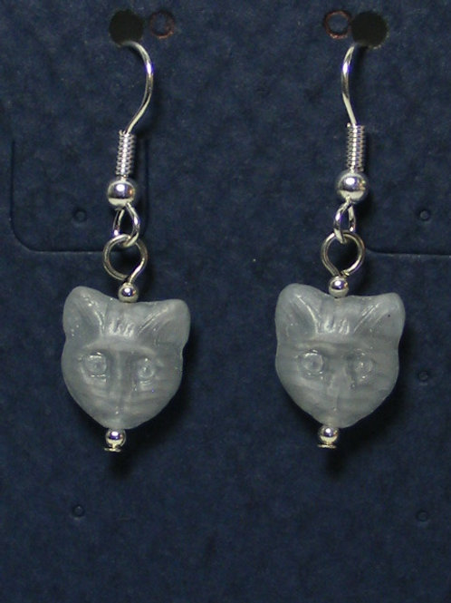 Gray Glass Cat Head