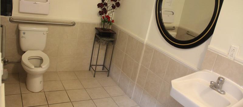 공동 화장실