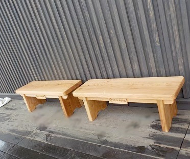 米沢産杉ベンチ ぜひ座ってみてください!