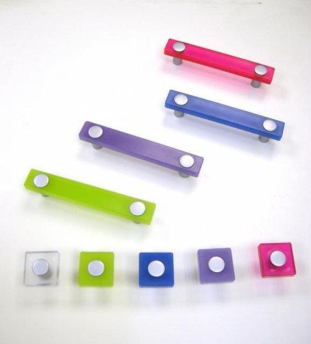 ידיות צבעוניות במגוון צבעים - מאורכות וכפתורים