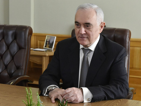 Состоялась встреча заместителя полномочного представителя Президента РФ в ЦФО Мурата Зязикова и Губе