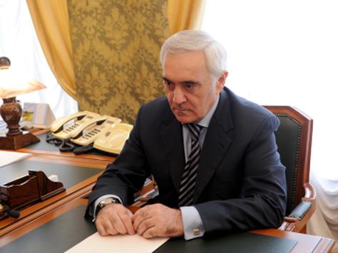 Заместитель полпреда Президента РФ в ЦФО Мурат Зязиков посетил Белгородскую область.