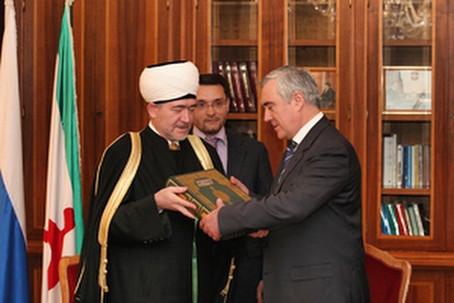 Мурат Зязиков поздравил жителей Ингушетии с праздником «Ид аль-Адха»