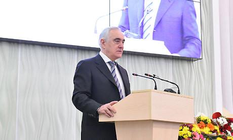 В Брянске наградили лучших журналистов региона.