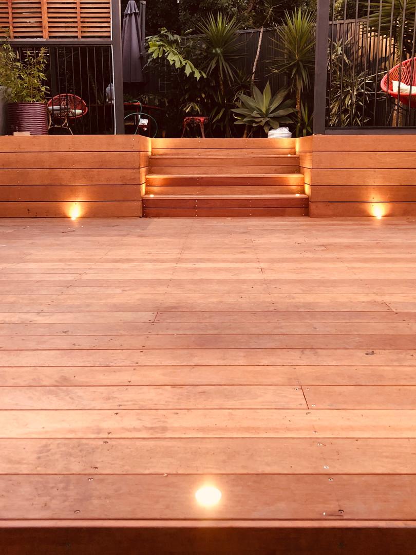garden deck lights decking lighting 1.JP
