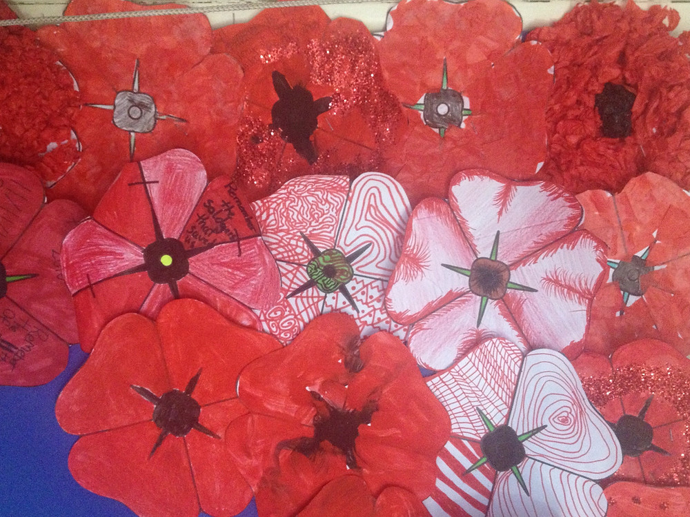 Red Remembrance Day Poppy Art Project For Kids
