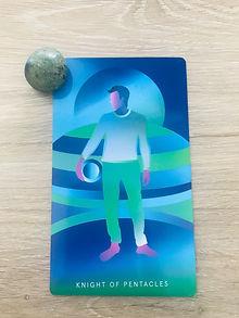 Knigh of Pentacls Tarot Card