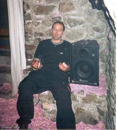 Skinos-2002