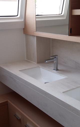 master-cabin-bathroomjpg
