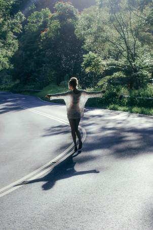 skylar marks photographer photography dance girl hana hawaii maui hike nature