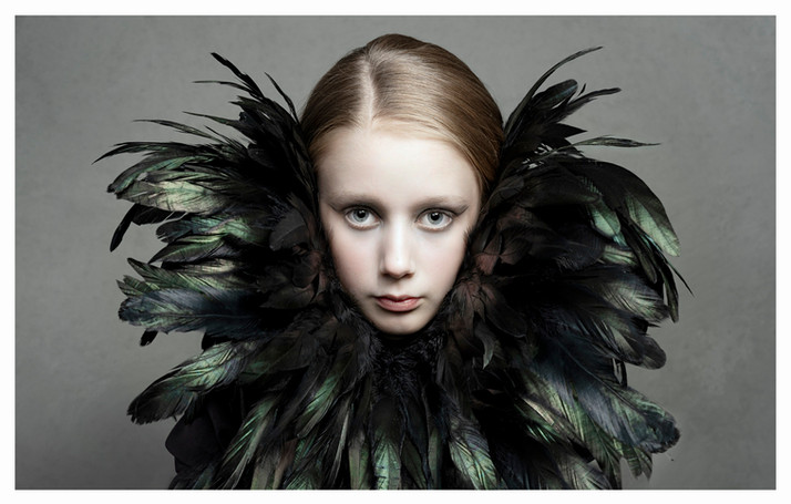 A strong fine art image, making use of these beautiful feathers and keeping things fairly symetric.