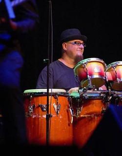 Gino Castillo (US)