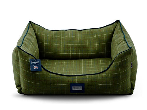 Hugo & Hudson Dark Green Checked Tweed Dog Bed