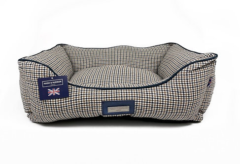 Hugo & Hudson Navy Brown Houndstooth Dog Bed