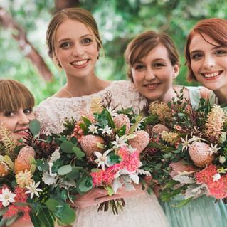 Blue Mountains Wedding Flowers KB4s.jpg