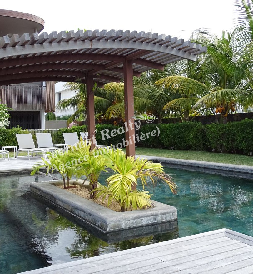 Pool- Real Estate Agency Mauritus