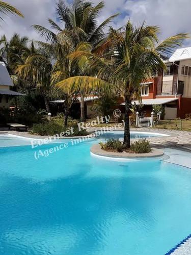 Pool -Real Estate Agency Mauritius