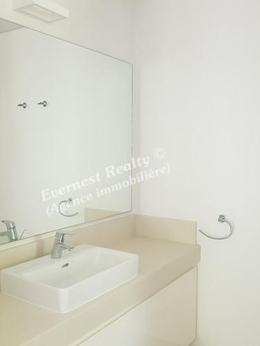 Bathroom - Real Estate Agency Mauritius