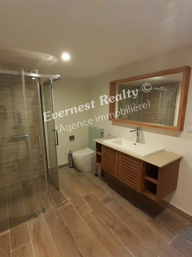 Bathroom- Real Estate Agency Mauritius
