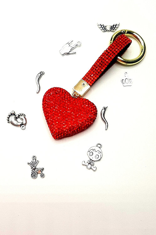Portachiavi in pietra ritagliata a forma di cuore