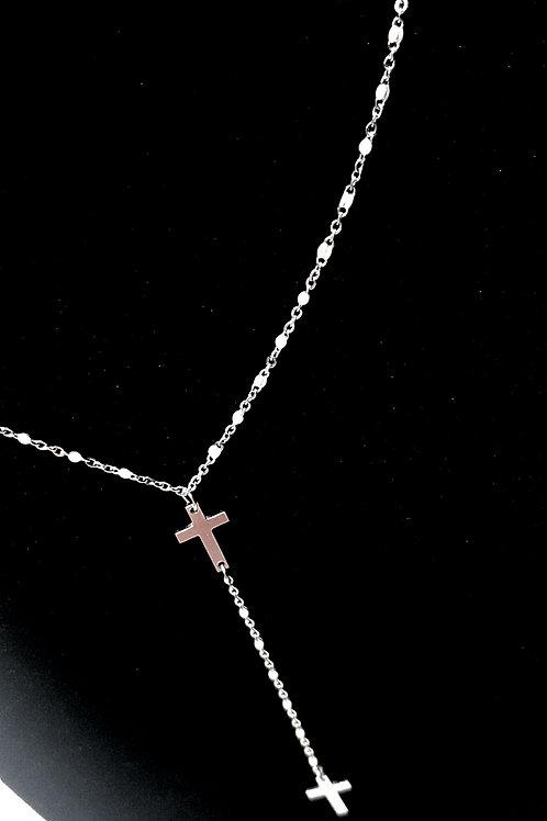 Collana con doppia croce pendente