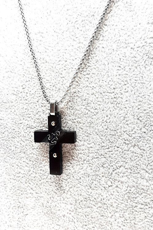 Collana a croce con ancora