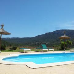 pool-978521_1280.jpg