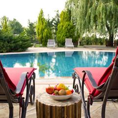 pool-2394710_1280.jpg