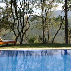 swimming-pool-2386258_1280.jpg