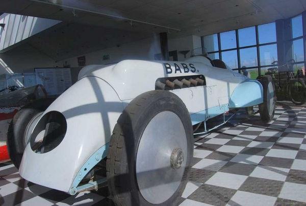 J.G Parry Thomas's Car Babs Pendine.jpg