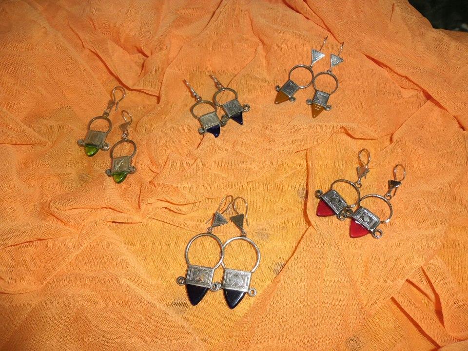 orecchini tuareg con pietra.jpg