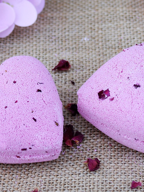 Love Heart Bath Bomb 70g - Ylang & Rose