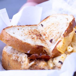 Flowertown Festival Mac N Grilled Cheese Sandwhich