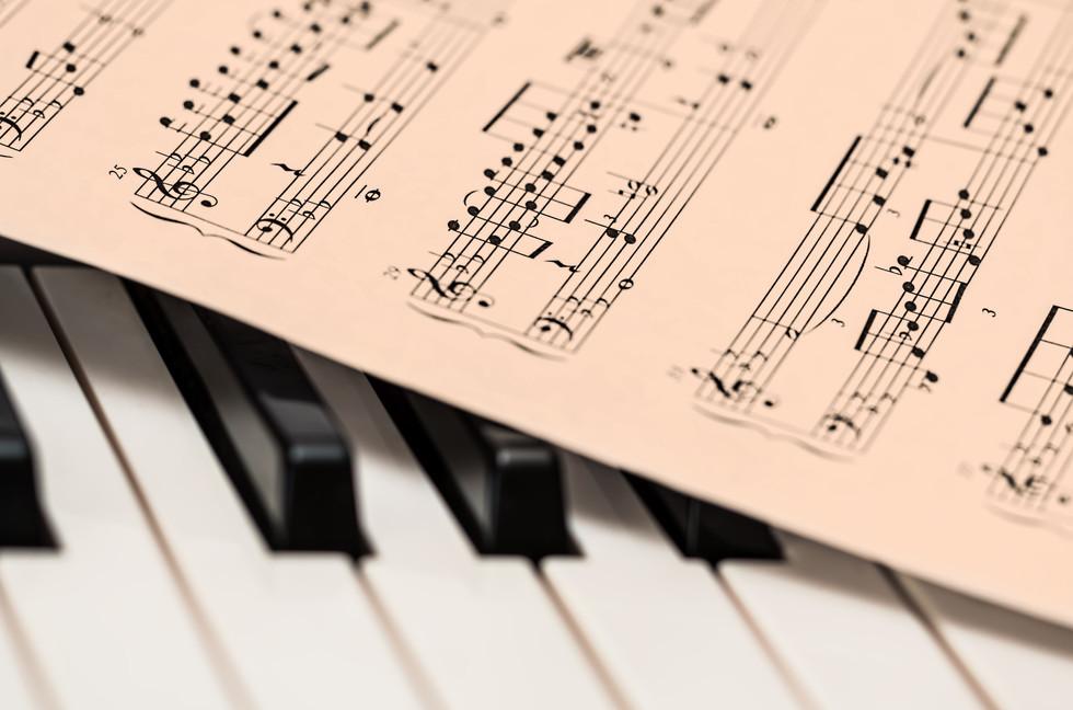 chords-sheet-on-piano-tiles-210764.jpg
