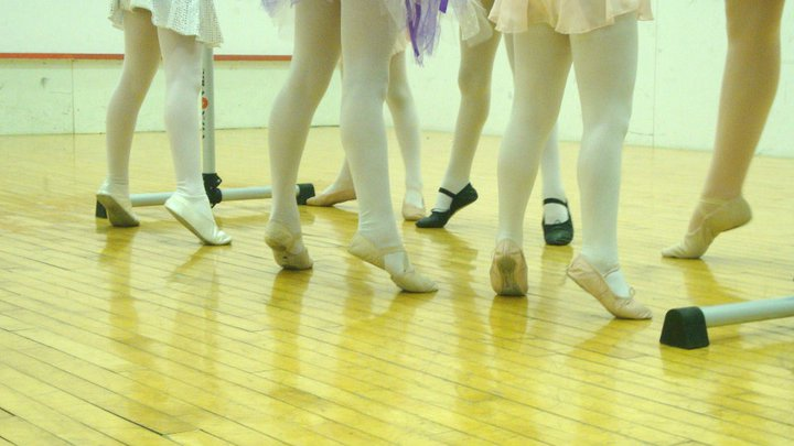 Little ballerina legs and feet in class