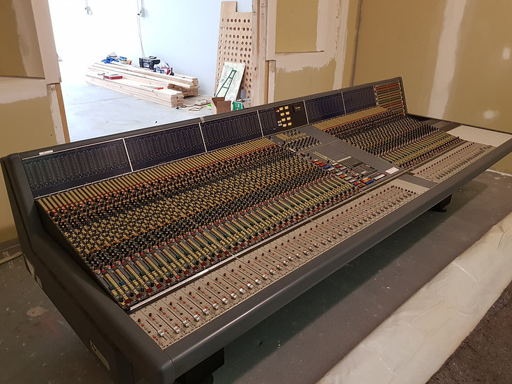 NEVE VR 60 channel console