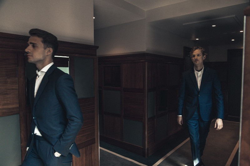 custom suits dubai