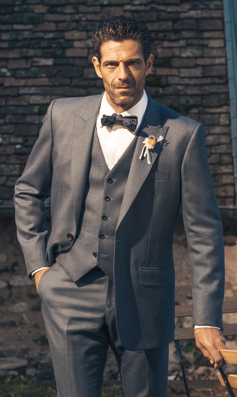 wedding suits dubai