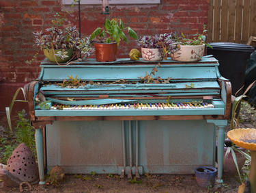 Piano in the South