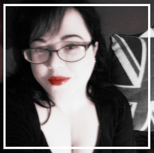 profile pic insta Aug 2018_edited.jpg