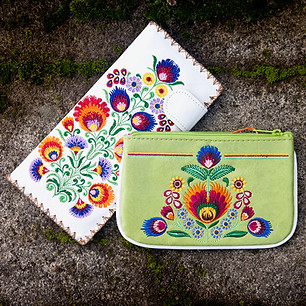 Lavishy Embroidered Vegan Wallets @ Wonderful PDX Jewelry and Gifts