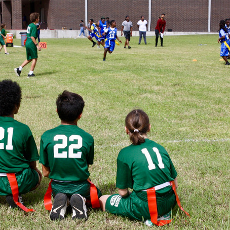 WSNO Mighty Oaks Tie in First Flag Football Game of the Season