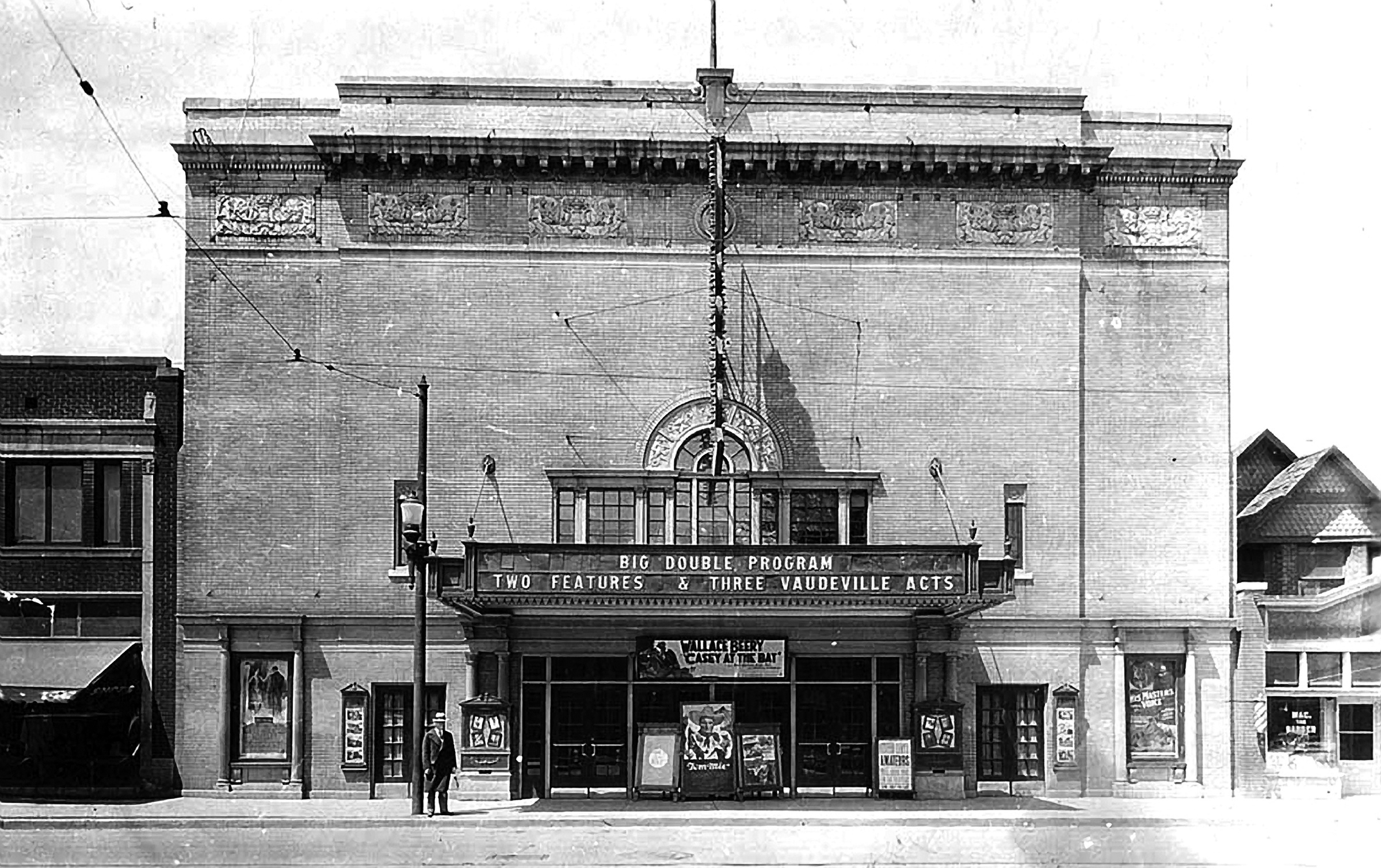 Tivoli Theatre, 1927