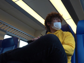 Amsterdamski kanali, novo prijateljstvo i polomljen kofer - Moving to the center of a pandemic