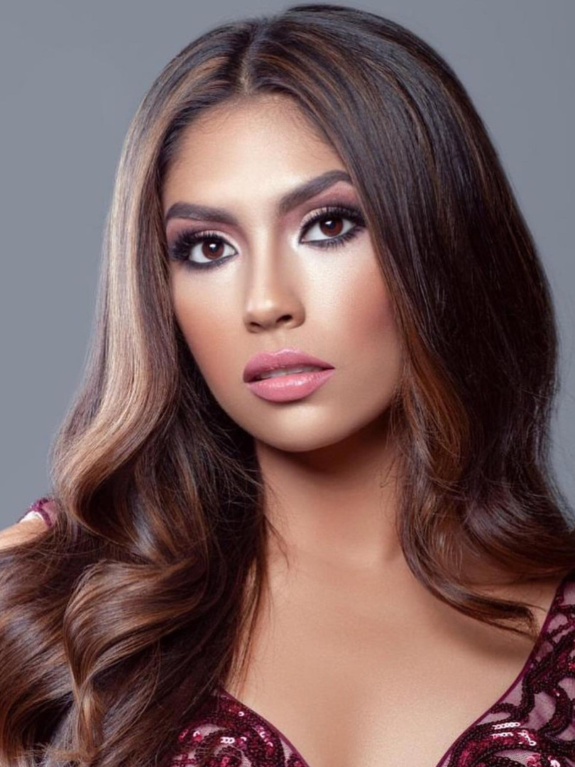 Miss U.S. Latina Headshot
