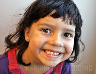 Hull i ørene på barn