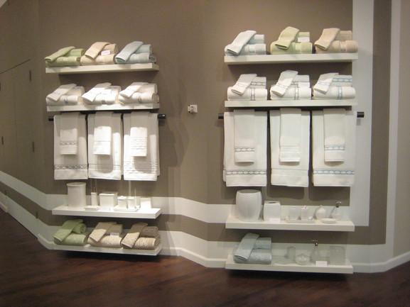 Monique Lhuillier® Bath Showroom